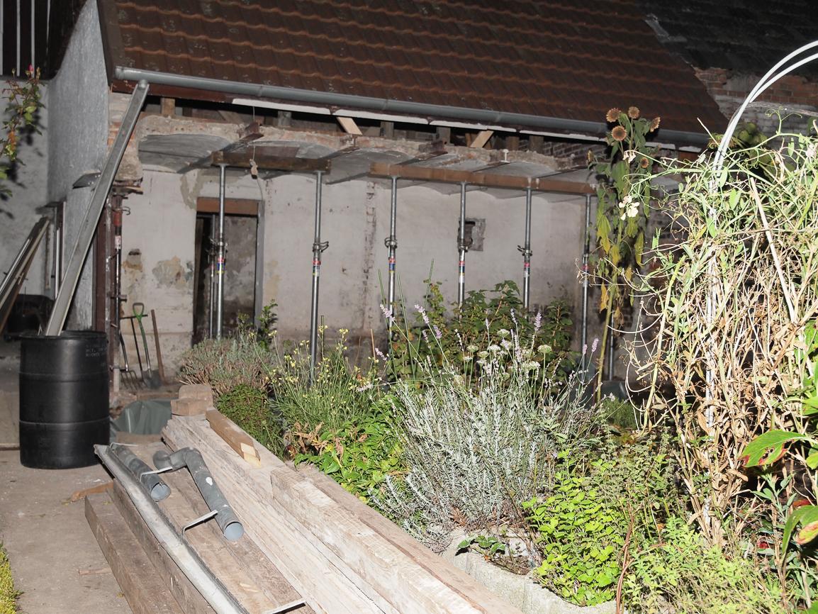 Decke und Dach auf Stützen