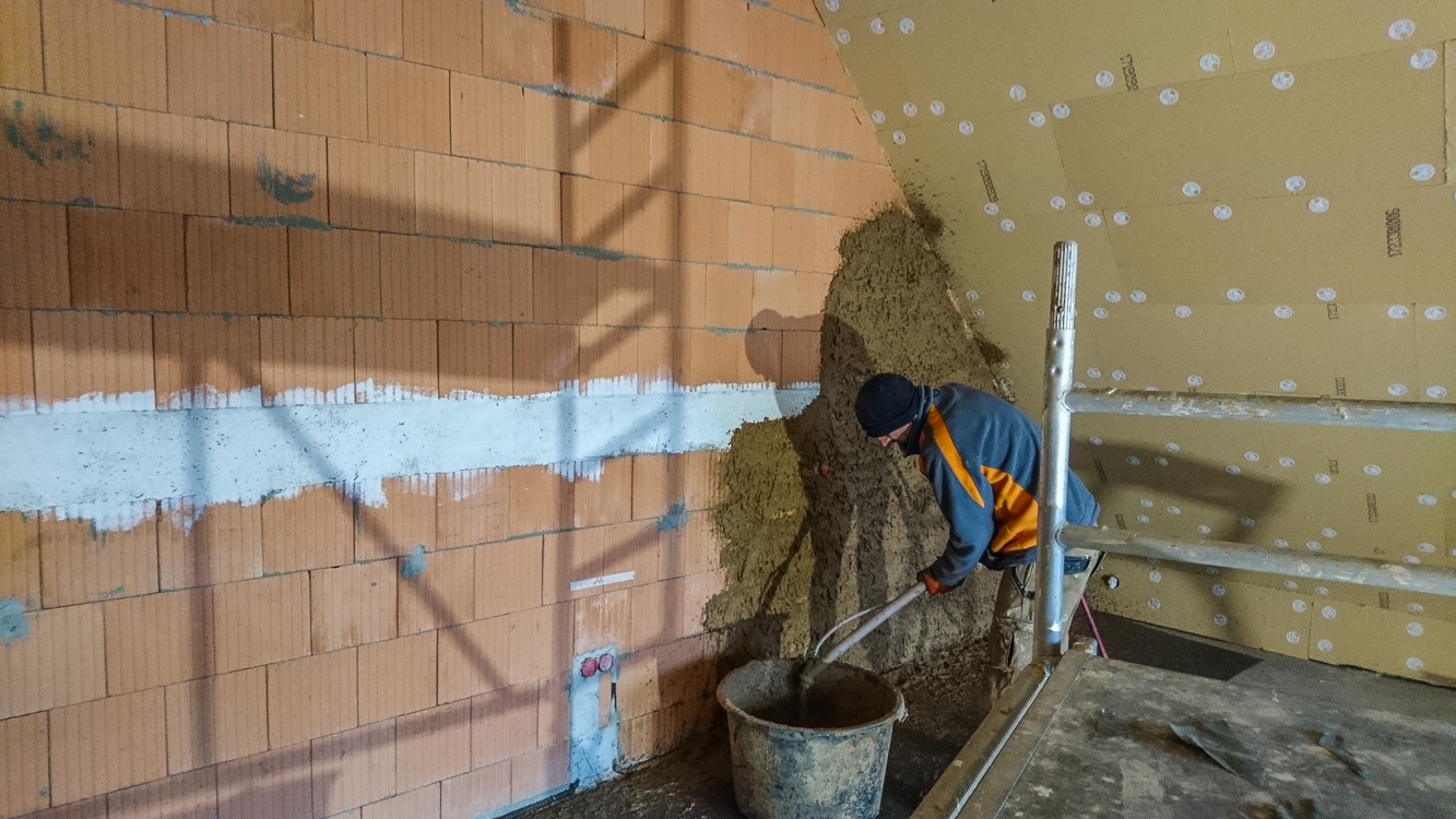 Nach und nach wird die Ganze Wand vollgespritzt